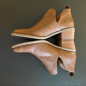 EUC!  MAXX BOOTIE IN BROWN BY AMERICAN EAGLE 🦅